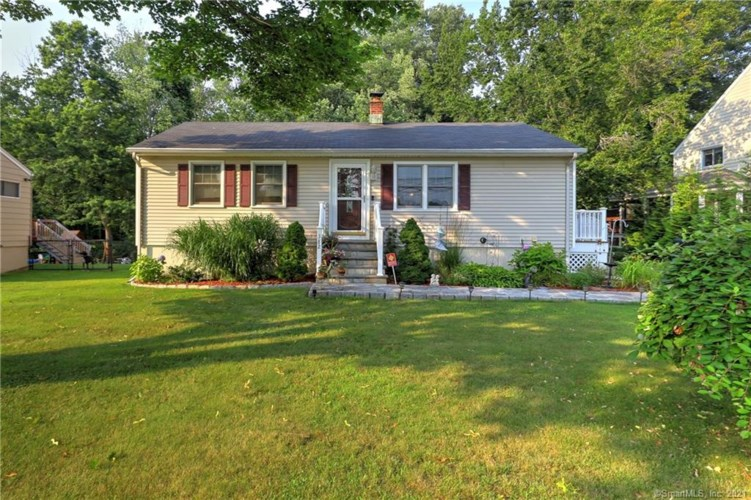 382 Pond Point Avenue, Milford, CT 06460