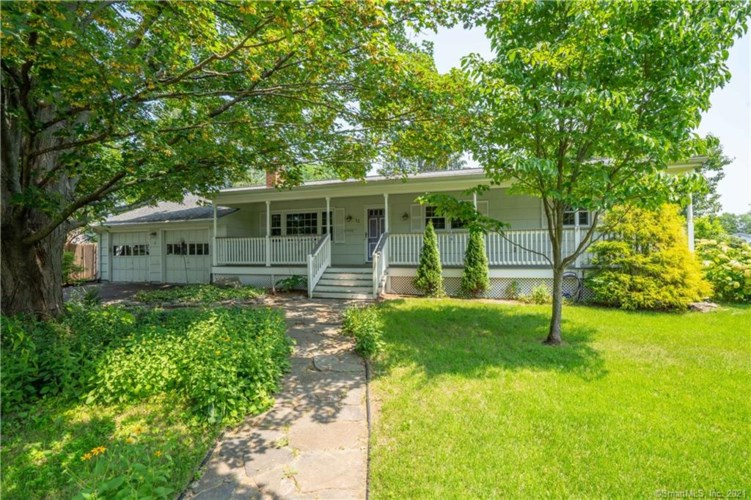 12 Holly Road, East Hartford, CT 06118