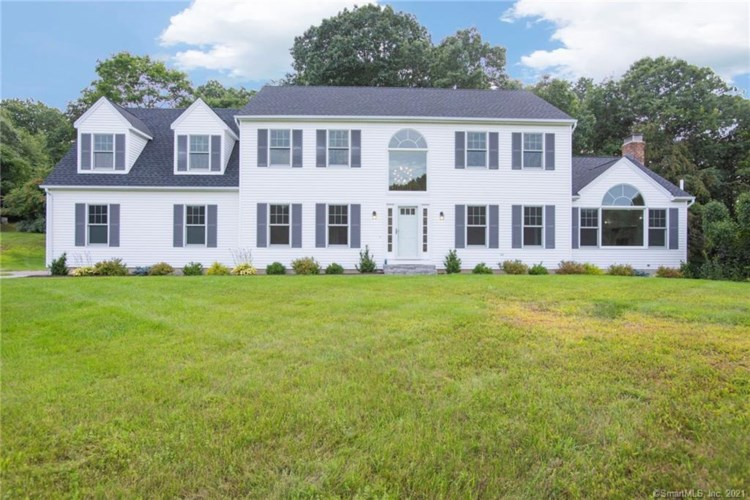 3 Hillcrest Drive, New Milford, CT 06776