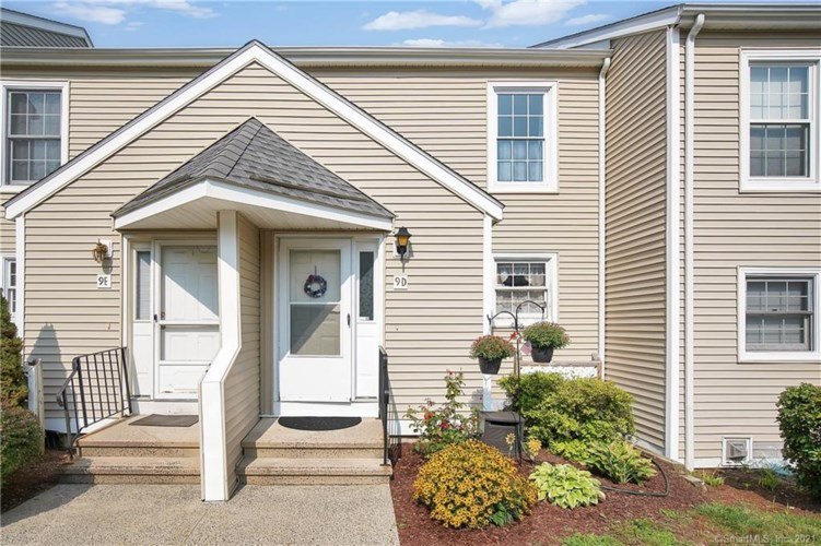 9 The Hamlet  #D, Enfield, CT 06082