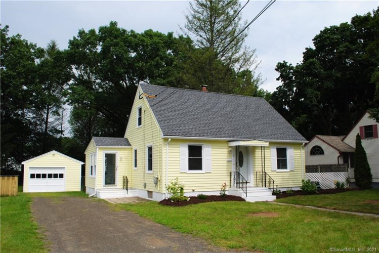 31 Lincoln Street, North Haven, CT 06473