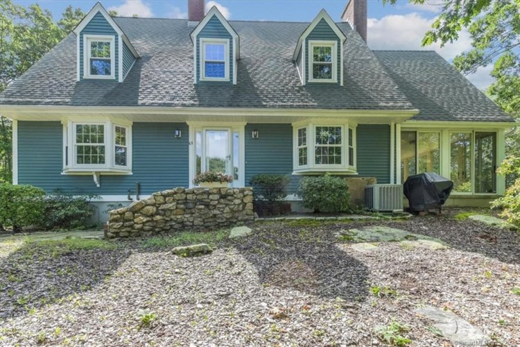 63 Ledgeview Lane, Guilford, CT 06437