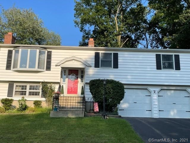 2 Revere Place, Milford, CT 06460