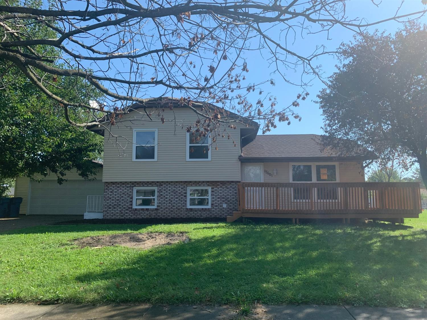 17601 Camelot Drive , Lowell, IN 46356