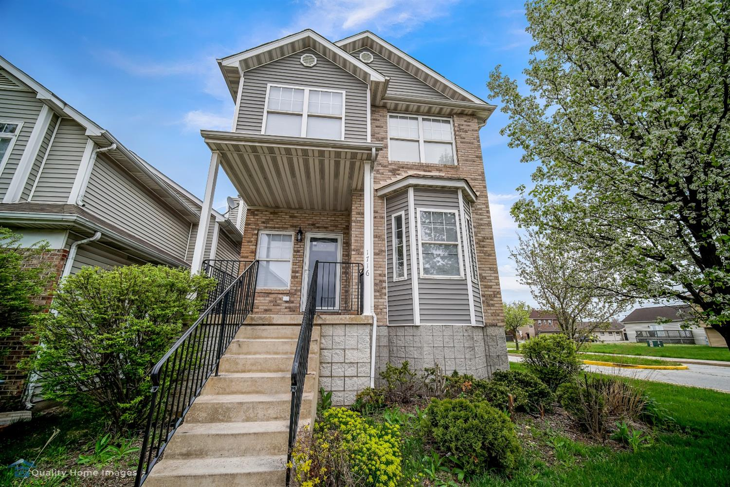 1716 Senator Drive , East Chicago, IN 46312