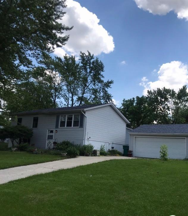 2909 W 73rd Place , Merrillville, IN 46410