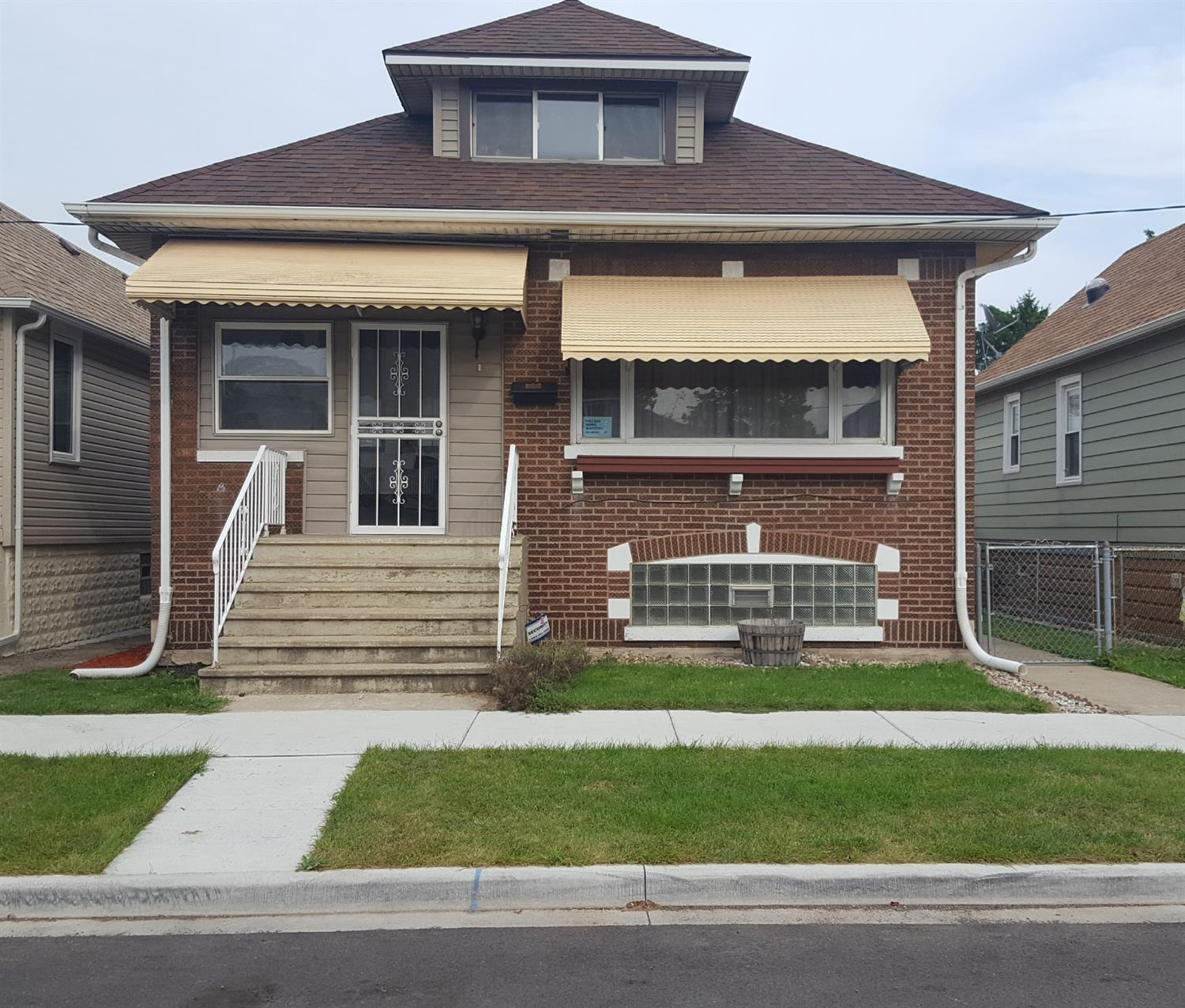 5031 Walsh Avenue , East Chicago, IN 46312