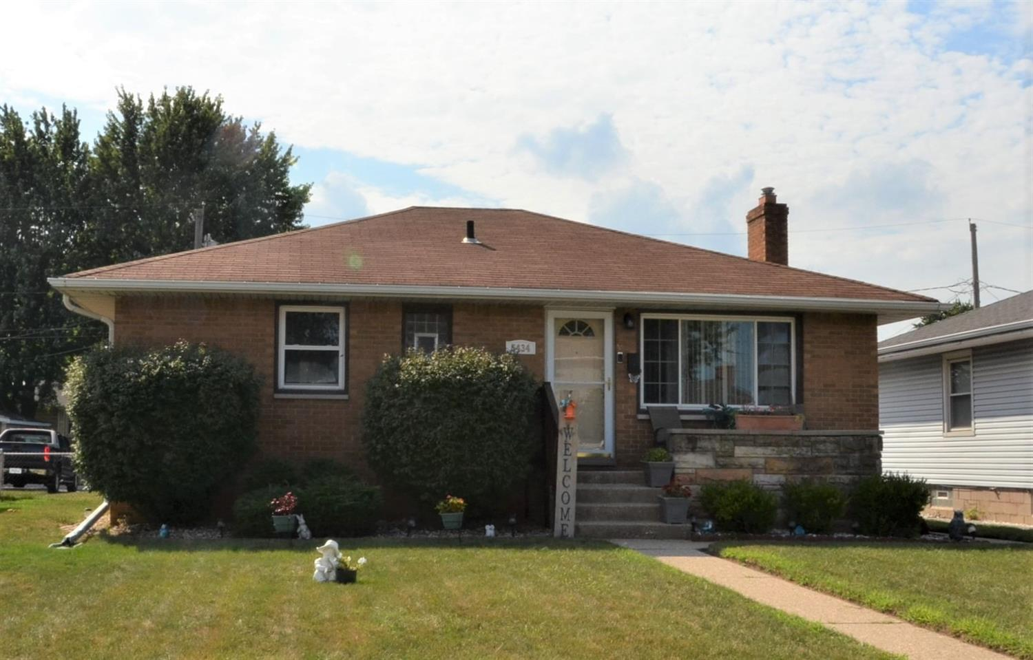 5434 Walsh Avenue , East Chicago, IN 46312