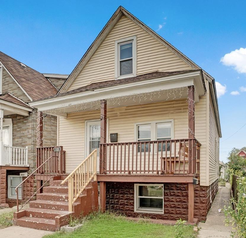 520 W 143rd Street , East Chicago, IN 46312