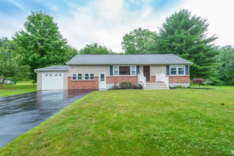 2020 PINEY POINT RD, Brunswick, NY 12180
