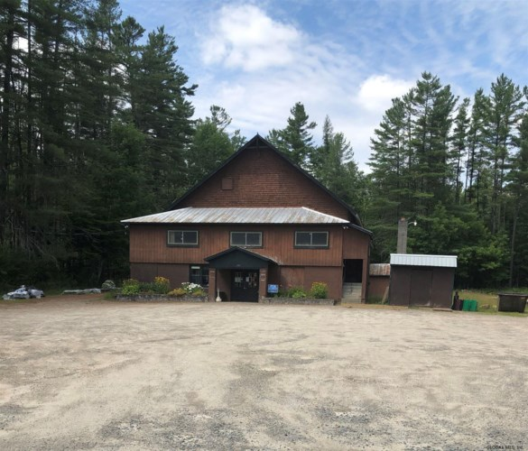 2709 STATE ROUTE 8, Lake Pleasant, NY 12108