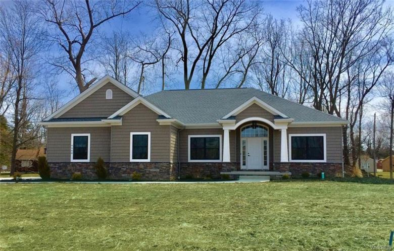 4568 Gentwood Drive, Clarence, NY 14221