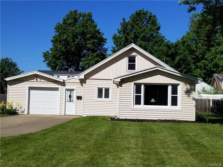 168 Willowdale Drive, West Seneca, NY 14224