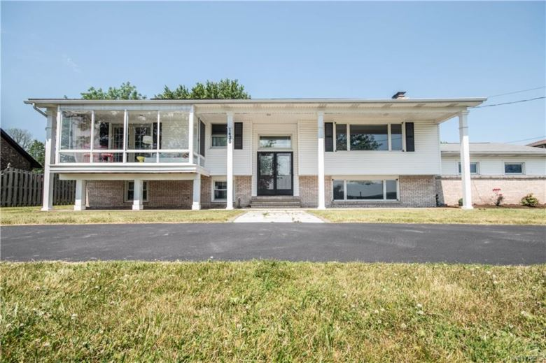 1420 E River Road, Grand Island, NY 14072