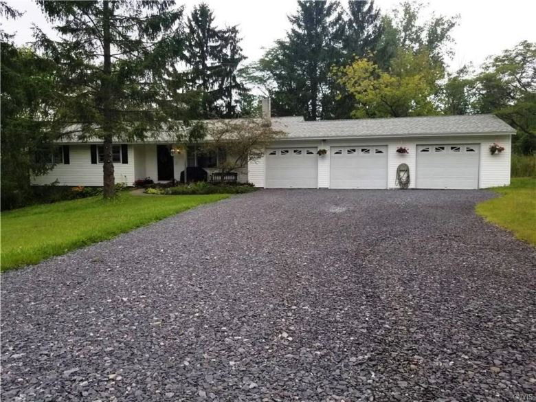 2845 Seal Road, Marcellus, NY 13108