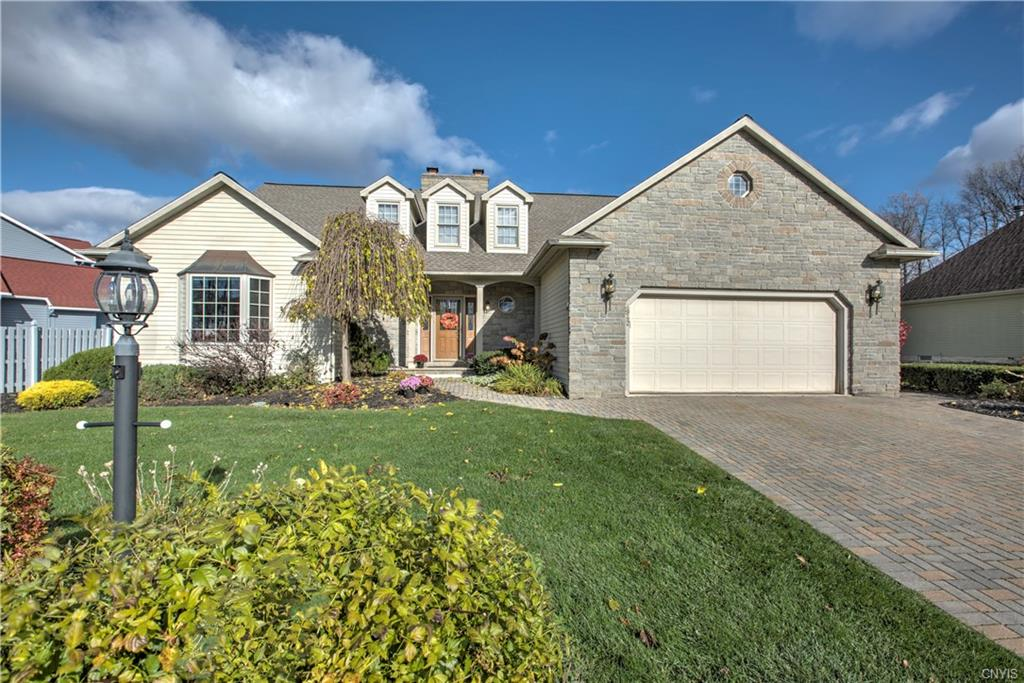 4942 Harvest Lane , Clay, NY 13088