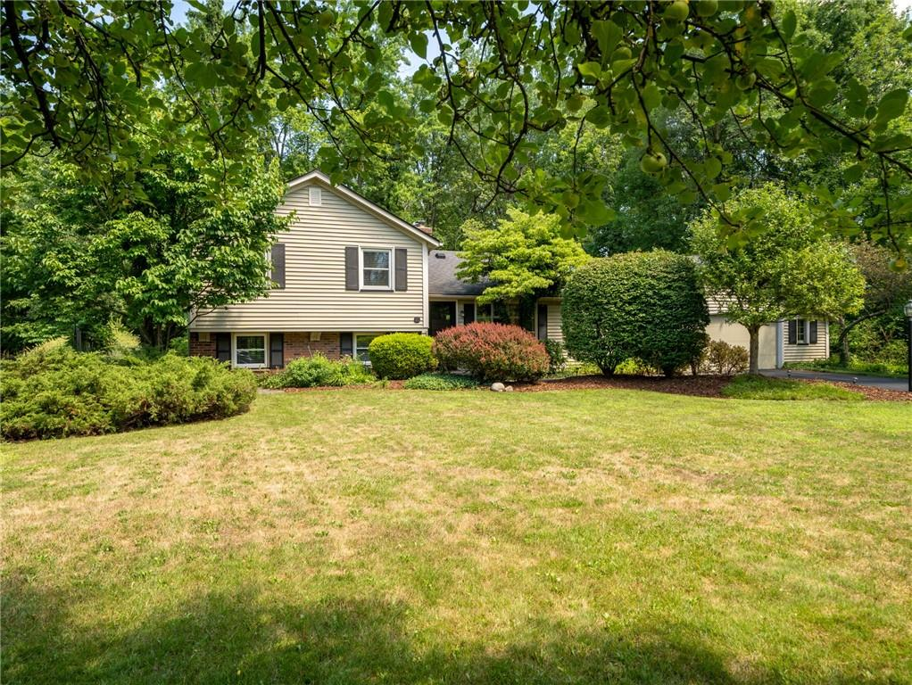 36 Willowbend Drive , Penfield, NY 14526