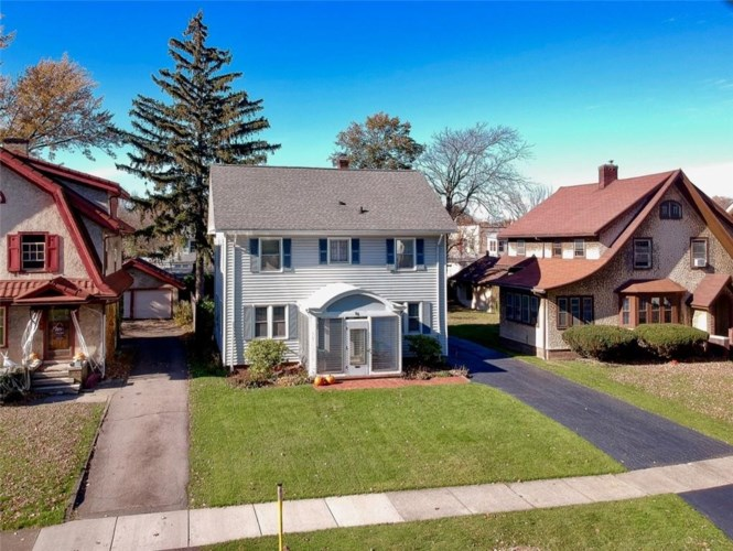 56 Quentin Road, Rochester, NY 14609