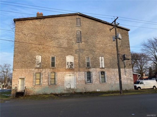 250 Hawley Street, Lockport-City, NY 14094