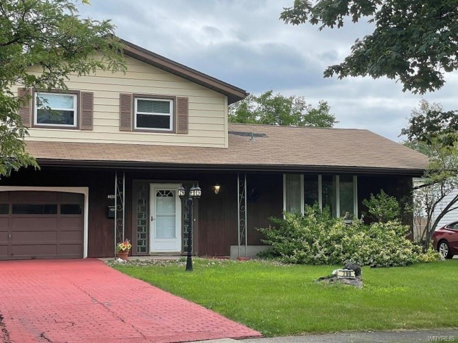 799 Edgewater Drive, Amherst, NY 14228