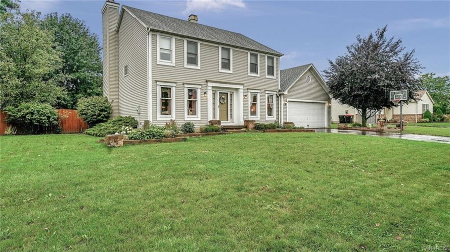 27 Old Post Road, Lancaster, NY 14086