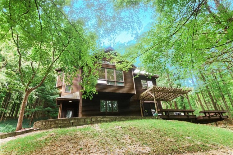 2632 Amber Road, Marcellus, NY 13110