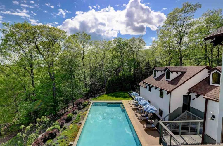 198 Meads Mountain Road, Woodstock, NY 12498