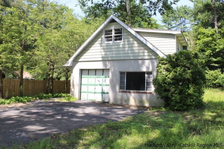 2071 Route 32, Rosendale, NY 12401