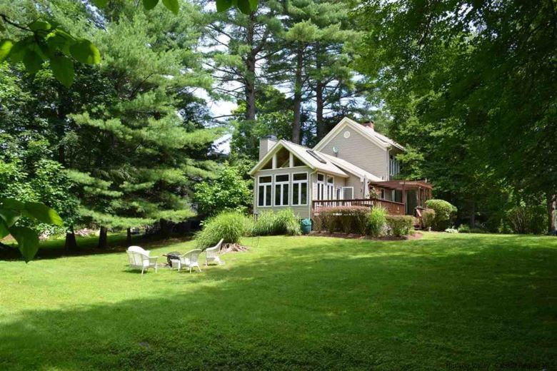 1011 Creek Locks Road, Rosendale, NY 12472