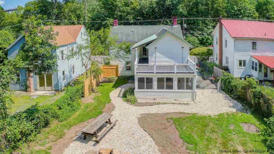 552 Route 213, Rosendale, NY 12472
