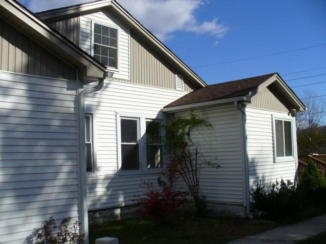 52 Lundy Rd, Wawarsing, NY 12489