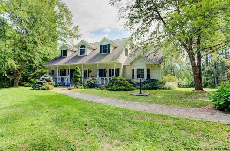 106 Mettacahonts Road, Accord, NY 12404