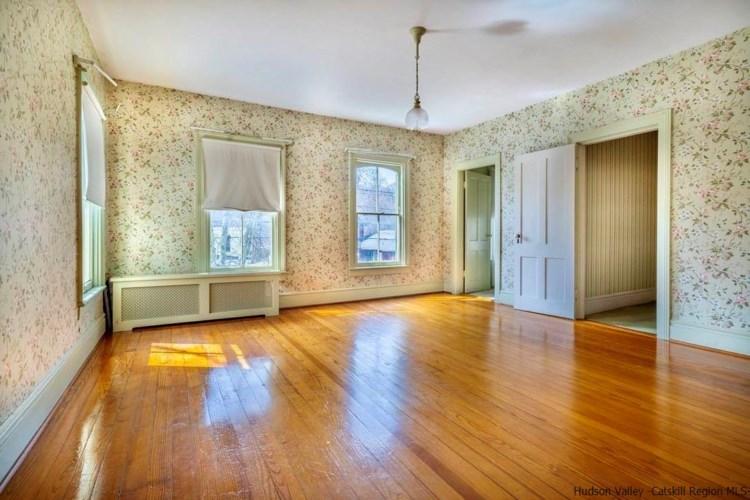 100 Tinker St, WOODSTOCK, NY 12498