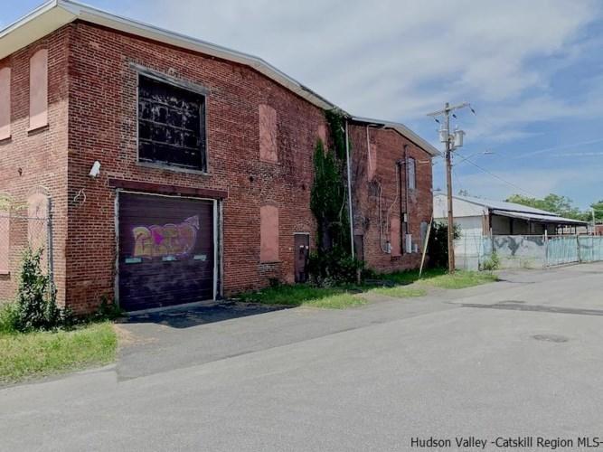 104 Smith Avenue, Kingston, NY 12401