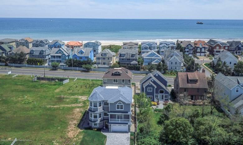 1612 Lake Avenue, Point Pleasant Beach, NJ 08742