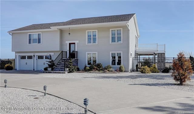 176 Country Club Boulevard, Little Egg Harbor, NJ 08087