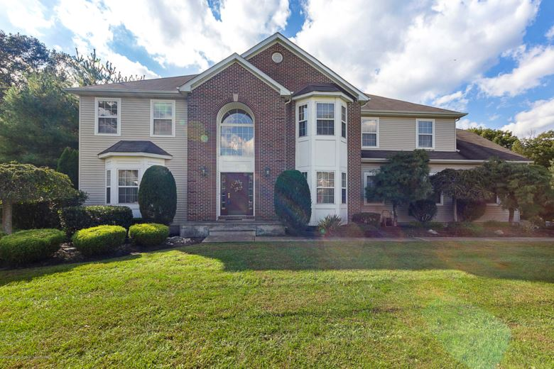 28 Bridgewater Court, Jackson, NJ 08527