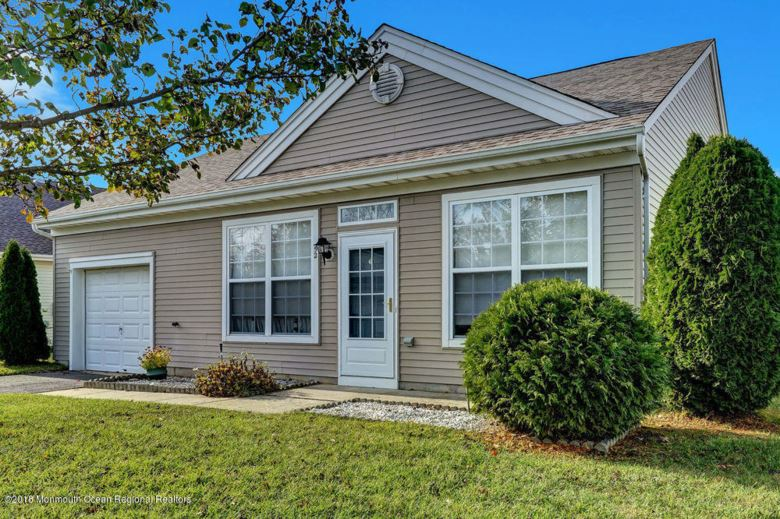 52 Robin Lane, Barnegat, NJ 08005