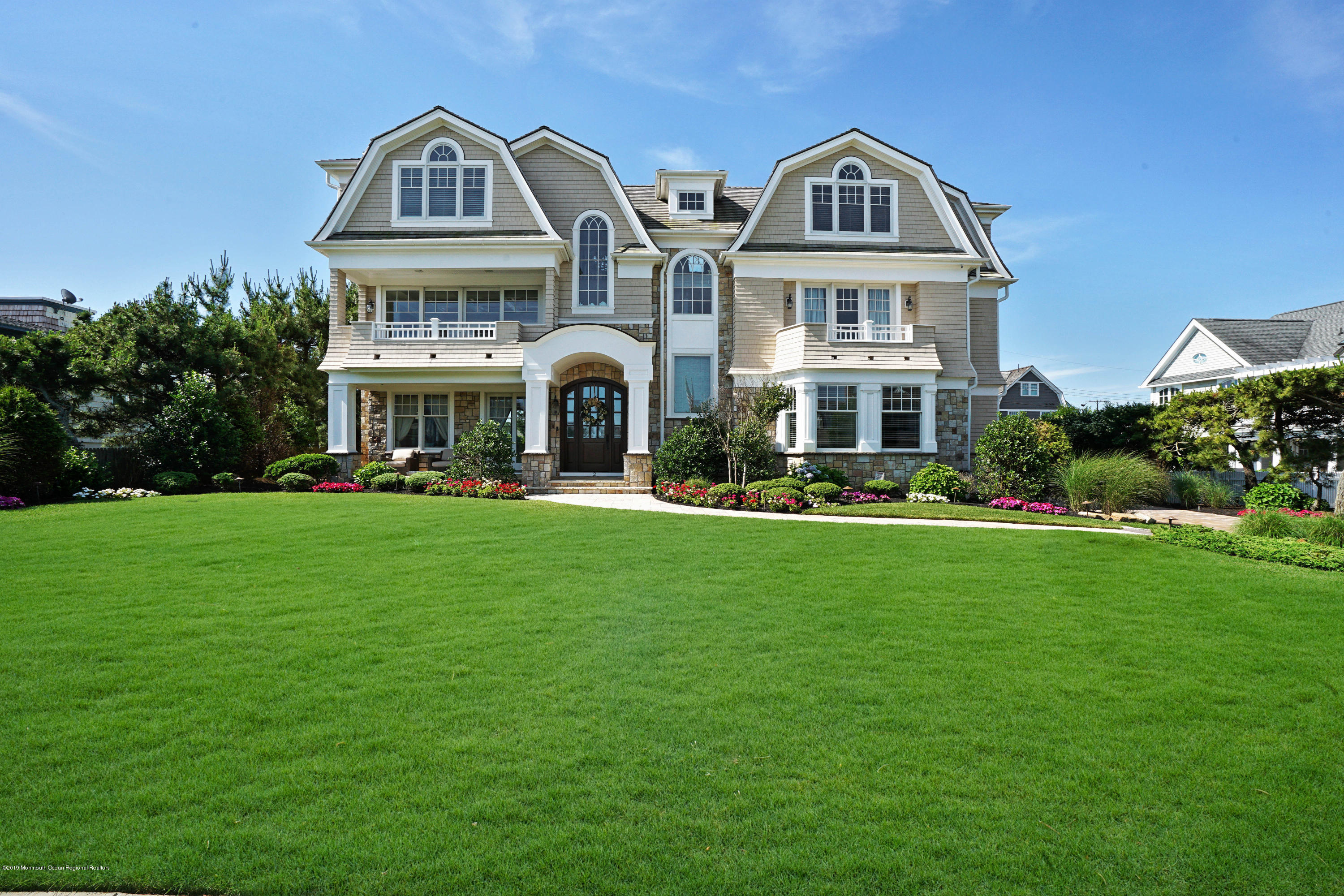 2 Neptune Place , Sea Girt, NJ 08750