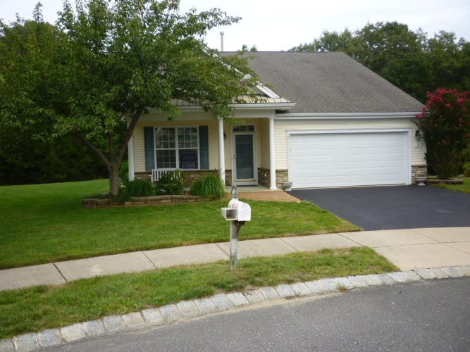 5 Rawley Court, Barnegat, NJ 08005