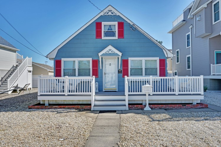 287 W 14th Street, Ship Bottom, NJ 08008