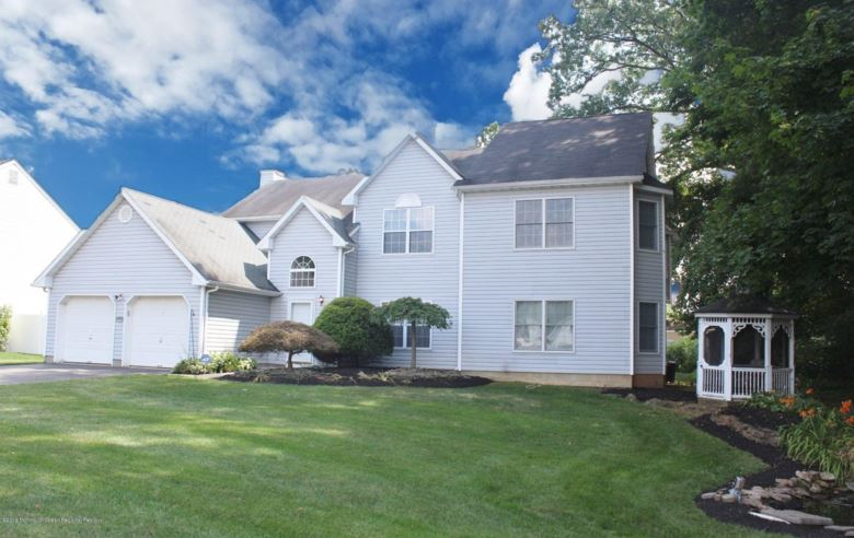 150 Nottingham Court, Aberdeen, NJ 07747