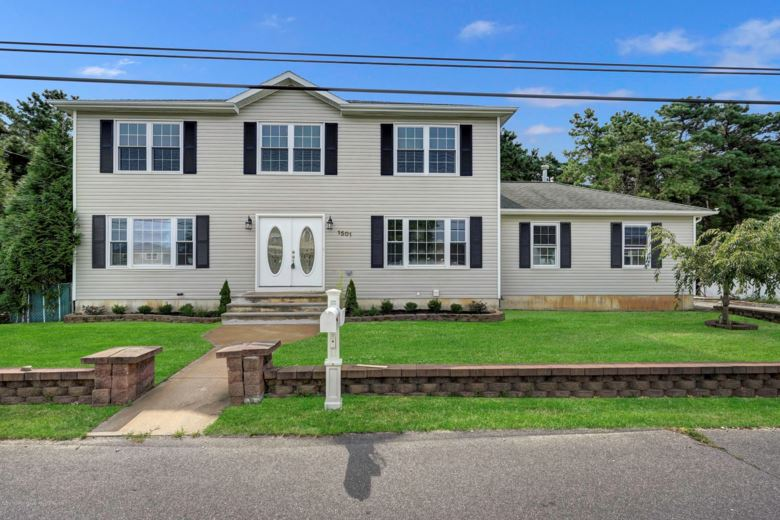 1501 Berkeley Avenue, Beachwood, NJ 08722