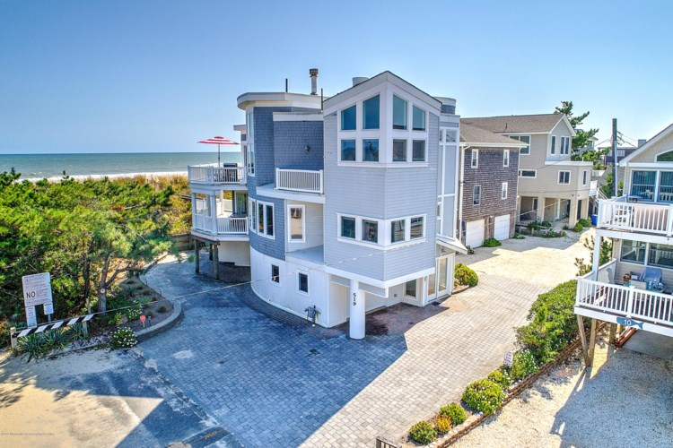 519 N Ocean Avenue, Surf City, NJ 08008