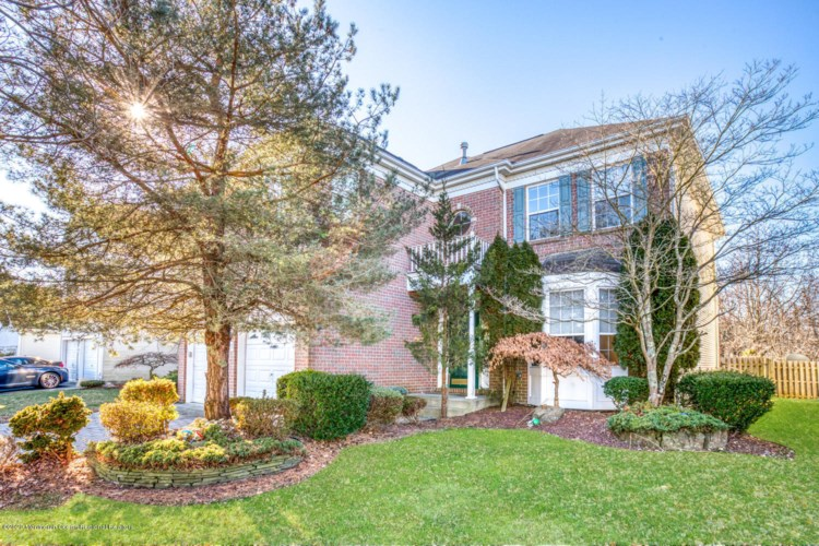 21 Winged Foot Drive, Manalapan, NJ 07726