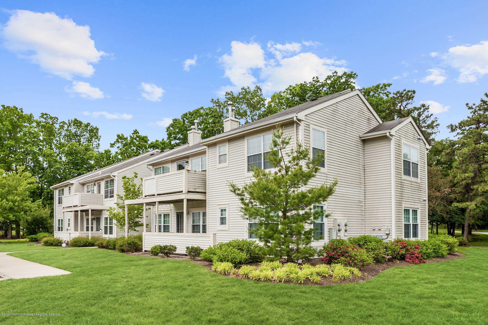 184 Pinetree Court , Howell, NJ 07731