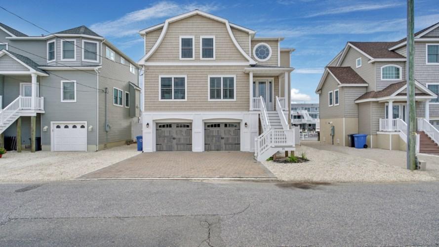 31 Joshua Drive, Beach Haven West, NJ 08050
