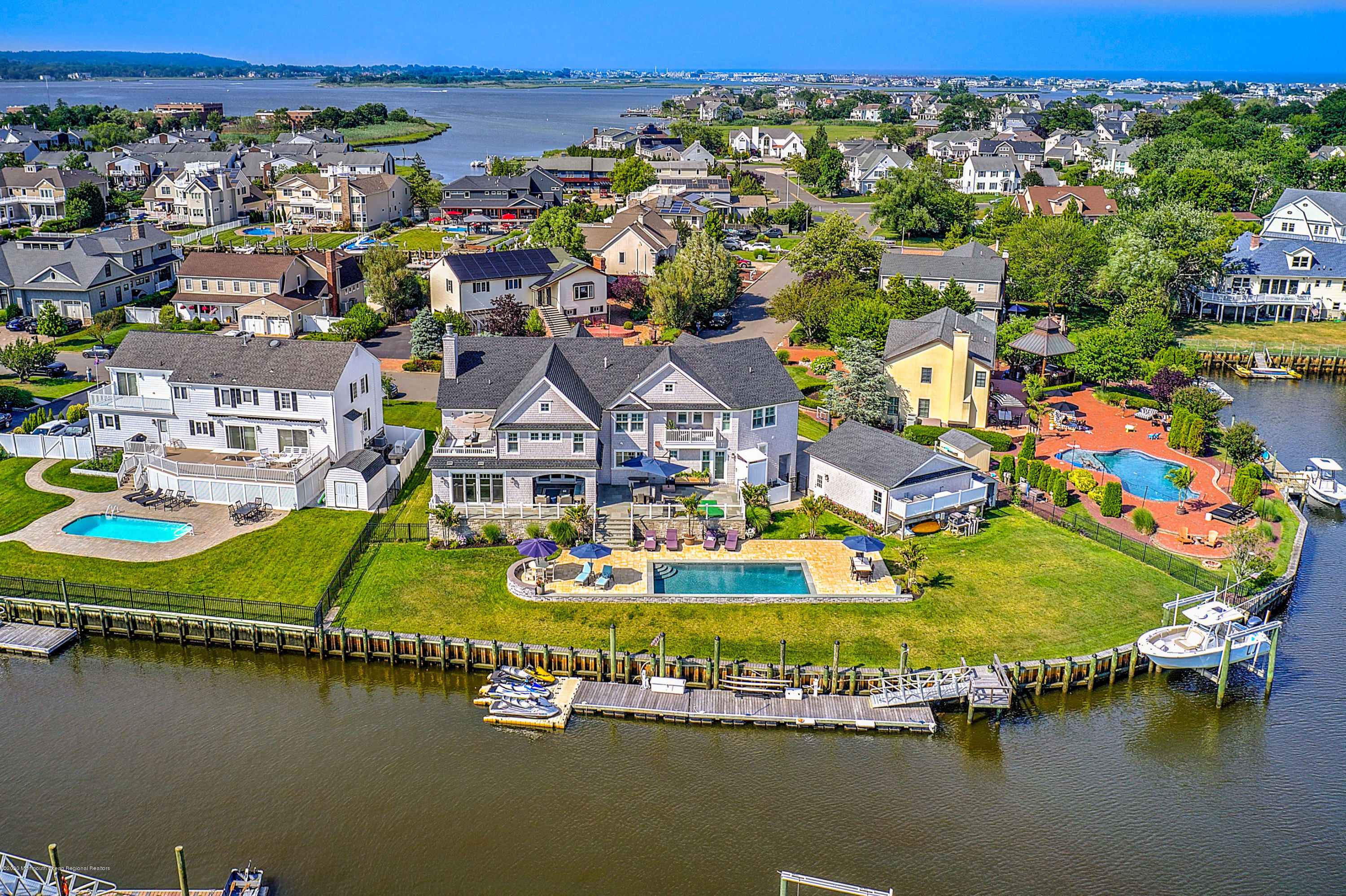 11 Gull Point Road , Monmouth Beach, NJ 07750