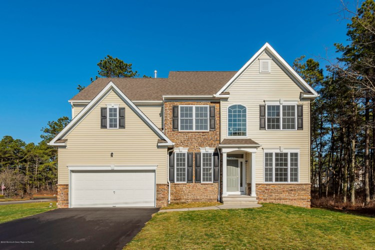 916 Grinnell Avenue, Toms River, NJ 08757