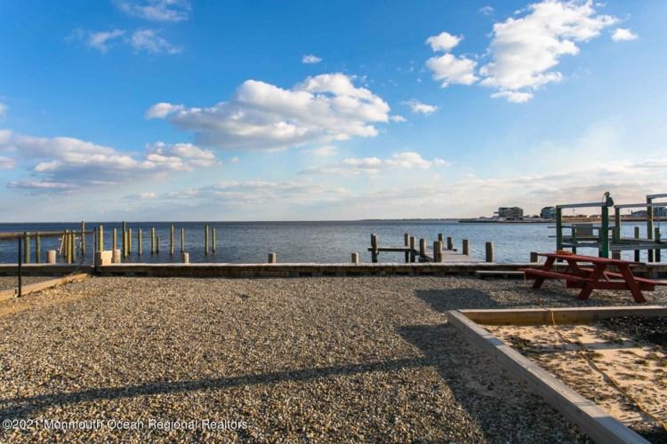 1105 Island Drive, Bayville, NJ 08721